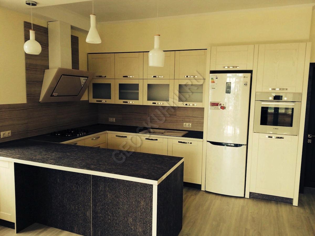 Мебель Лимба для квадратной кухни